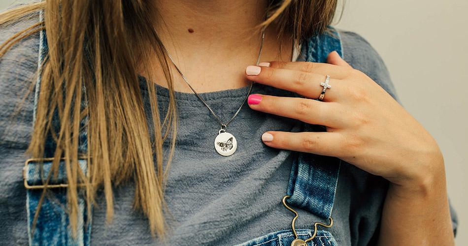Women's Christian Jewelry